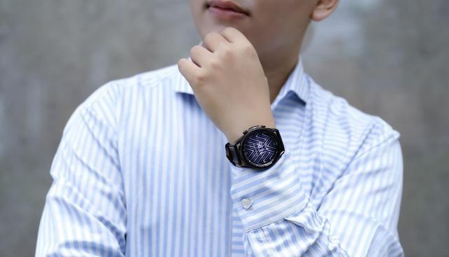 Một chiếc smartwatch có thể biến bạn thành người yêu thể dục, thích thể thao, da hồng hào, người khỏe mạnh như thế nào? - ảnh 7