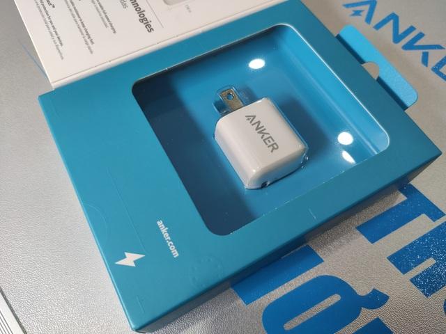iPhone 12 không có củ sạc - Đừng lo! đã có Anker PowerPort III Nano 20W - Ảnh 2.