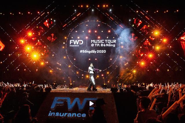 Dế Choắt tung lời Rap cực chất tại FWD Music Tour 2020 @TP. Đà Nẵng - ảnh 1