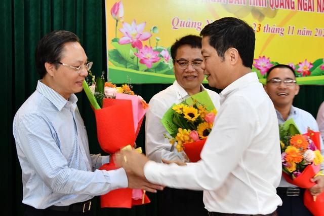 PVN cùng các đơn vị BSR và PVGAS hỗ trợ tỉnh Quảng Ngãi khắc phục thiệt hại do bão số 9 - Ảnh 2.