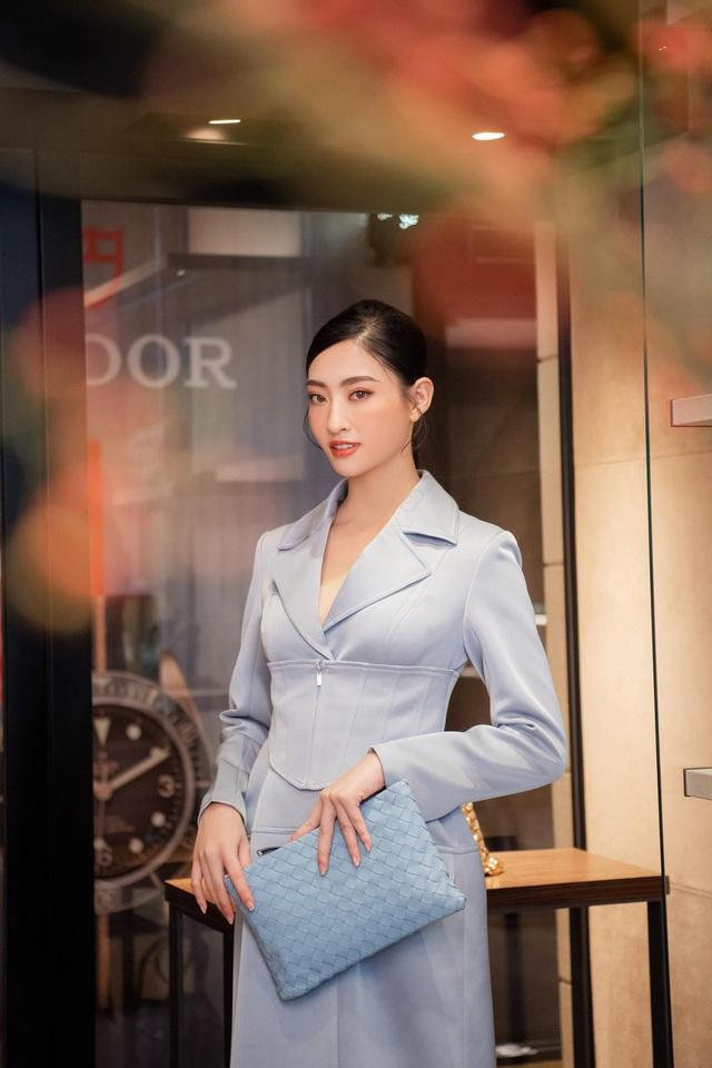 Shopping cùng Lương Thùy Linh: Loạt phụ kiện xa xỉ từ Bottega Veneta đã sẵn sàng cho mùa lễ hội cuối năm - ảnh 5