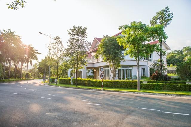 Nhiều yếu tố khiến giá nhà ven đô Hà Nội tăng - Ảnh 2.
