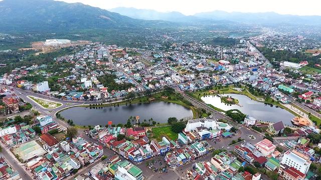 Nhiều đại gia bất động sản tìm kiếm nhà vườn view đồi núi ở Bảo Lộc - Ảnh 1.