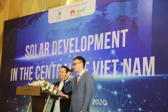 Hội thảo Phát triển Năng lượng mặt trời miền Trung thu hút sự chú ý của chuyên gia cùng ngành - Ảnh 1.