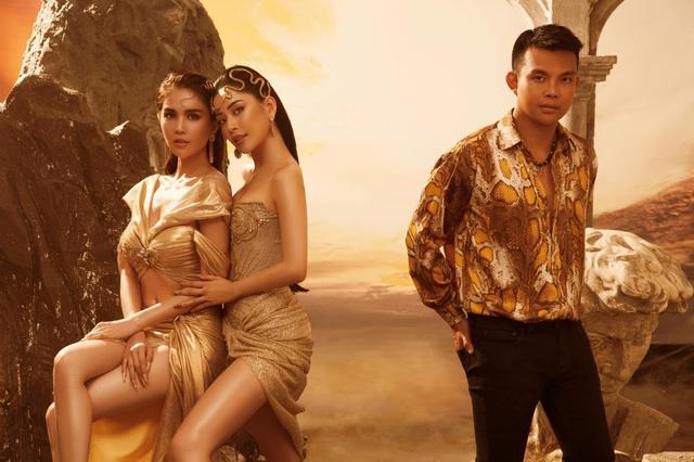 """Trước giờ G hé lộ những thiết kế gợi cảm của NTK Đỗ Long, MR CRAZY & LADY SEXY chắc chắn sẽ """"đốt cháy"""" sàn diễn Aquafina Vietnam International Fashion Week 2020 - ảnh 6"""