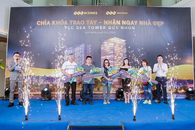 FLC Sea Tower Quy Nhon bàn giao những căn hộ đầu tiên cho khách hàng - Ảnh 2.
