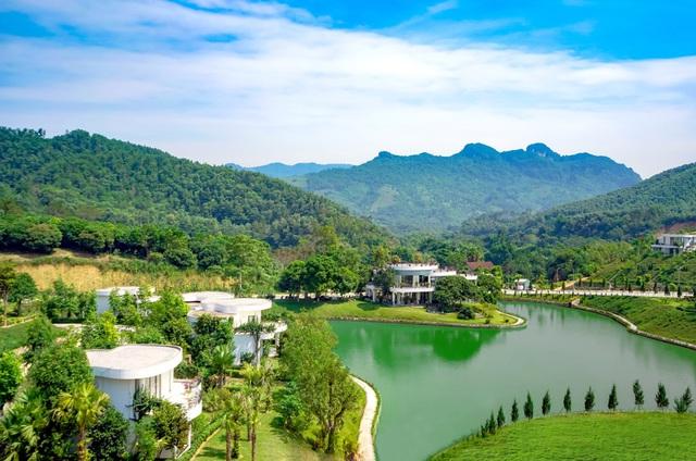 Biệt thự ven đô Ivory Villas & Resort – Điểm nhấn kiêu hãnh miền non cao - Ảnh 2.