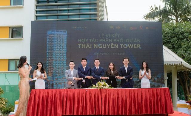 Hàng loạt tên tuổi lớn hội tụ tại Lễ ký kết hợp tác và kick-off bán hàng dự án Thái Nguyên Tower - Ảnh 1.
