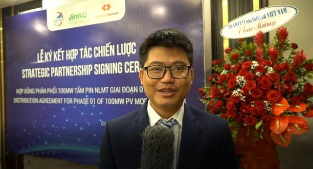 Jinko Solar và Long Tech ký thỏa thuận phân phối 100MW tấm năng lượng mặt trời - Ảnh 1.