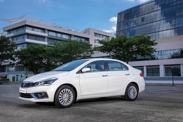 Suzuki tung ưu đãi cuối năm lên đến 50% phí trước bạ