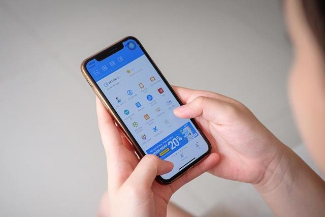 Người tiêu dùng gia tăng thanh toán trực tuyến trong ngày 12.12 - Ảnh 1.