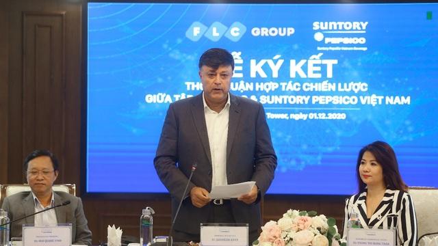 Tập đoàn FLC và Suntory PepsiCo Vietnam ký kết hợp tác chiến lược - Ảnh 1.