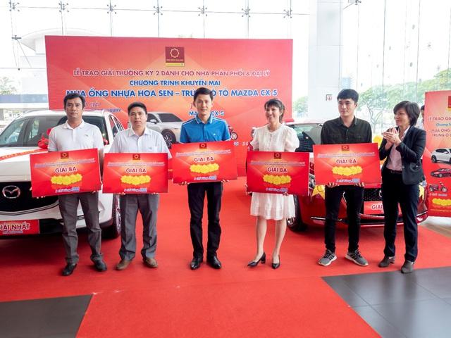 Tập đoàn Hoa Sen trao thưởng kỳ 2 cho các nhà phân phối, đại lý - Ảnh 3.