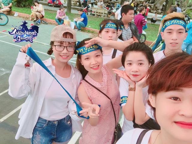 Một trong những bang hội của Thiên Ngoại Giang Hồ có những buổi offline, gặp mặt nhau.
