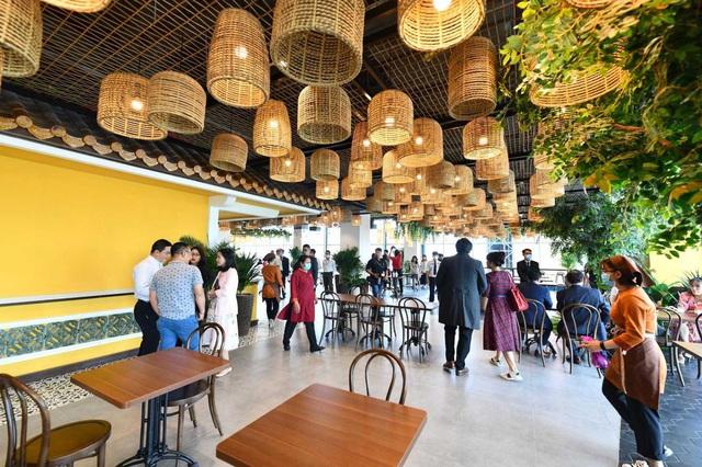 Menas Mall Saigon Airport đã mở cửa trở lại - Ảnh 1.