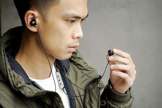 """Trải nghiệm tai nghe chống ồn Yamaha EP-E50A và EP-E70A: Thiết kế đeo cổ tiện lợi, chống ồn """"ổn áp"""" và nhiều tính năng hay ho độc quyền - Ảnh 4."""