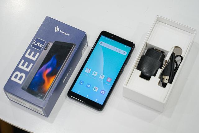 Tất tần tật về chiếc smartphone quốc dân giá chỉ 600k mà 4G phà phà, mua làm quà hay dùng đọc báo, video call không còn gì bằng - Ảnh 2.