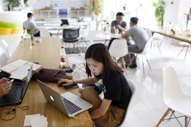 Chân ướt chân ráo chuyển đổi số, doanh nghiệp Việt bắt đầu từ đâu để không thất bại? - Ảnh 2.