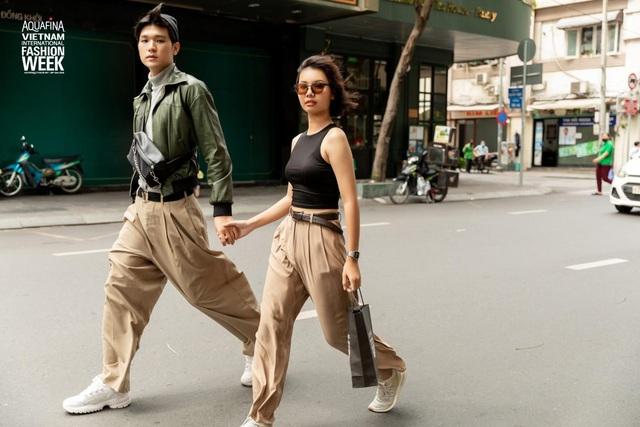 Street style của người Việt trẻ tại Aquafina Tuần lễ Thời trang: Thế hiện chất riêng, không ngại phá cách, còn có cơ hội rinh Airpods Pro thì tội gì không thử? - ảnh 1