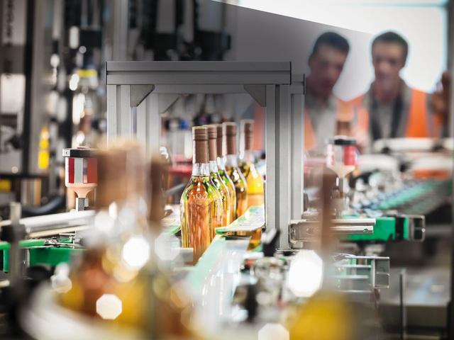 Nhà máy thông minh - Giải pháp tối ưu cho ngành thực phẩm và giải khát - Ảnh 2.