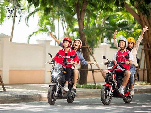 Vì sao VinFast Impes, Ludo được coi là 'đo ni đóng giày' cho giới trẻ Việt Nam sành điệu và ưa lối sống xanh - Ảnh 1.