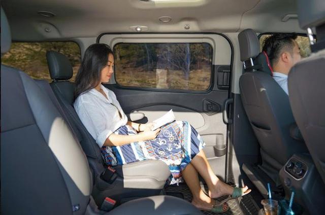 """Lý do Tourneo được """"chấm điểm"""" là chiếc xe thích hợp cho gia đình - Ảnh 3."""