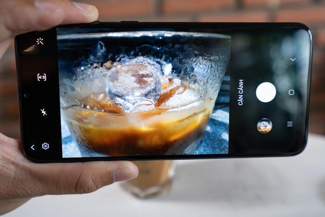 Giá hơn 6 triệu nhưng camera trên Galaxy M31 cao cấp thế này đây - Ảnh 1.