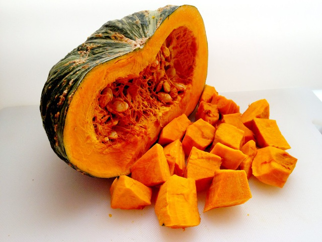 Top 5 thực phẩm có vị ngọt tự nhiên nên đưa vào chế độ ăn hàng ngày - Ảnh 2.