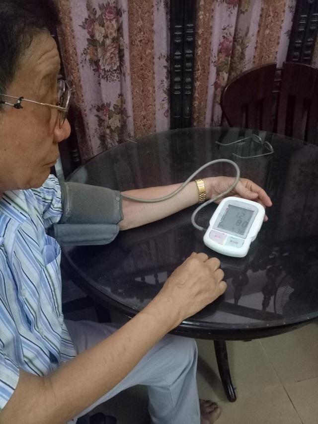 Bí quyết để cụ ông 75 tuổi bị tăng huyết áp có thể khiêu vũ 2 tiếng liên tục - Ảnh 1.