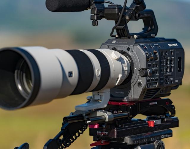 """Làm phim dễ dàng với máy quay Sony PXW-FX9 đạt chuẩn """"cận máy quay điện ảnh"""" - Ảnh 2."""