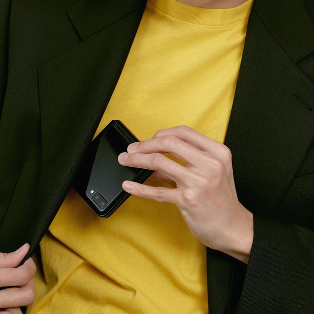"""Chỉ thêm khả năng """"gập"""" nhưng Galaxy Z Flip đã thay đổi hoàn toàn cách chúng ta nhìn nhận về điện thoại như thế nào? - ảnh 2"""