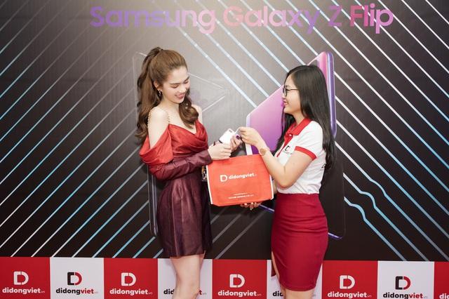 Galaxy S20, S20 Plus, S20 Ultra giá từ 16,9 triệu đồng. Di Động Việt giao hơn 300 máy cho khách trong ngày mở bán. - Ảnh 5.
