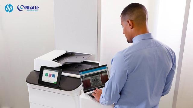 Đâu là giải pháp in ấn khổ lớn hoàn hảo cho doanh nghiệp của bạn? - Ảnh 2.