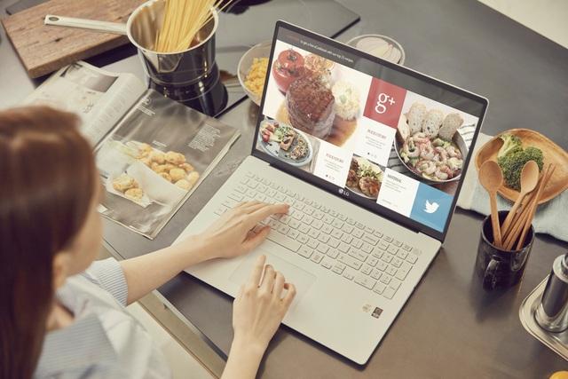 """3 mẫu laptop lý tưởng cho doanh nhân làm việc từ xa """"mùa dịch"""" - Ảnh 1."""