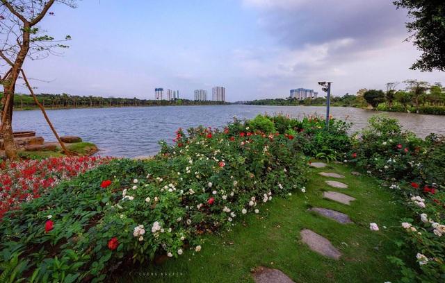 Vẻ đẹp hấp dẫn của Ecopark trong phút giao mùa - Ảnh 2.