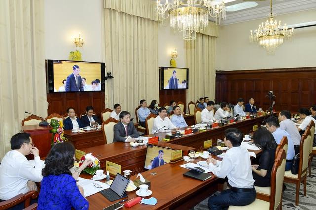 VietinBank cùng doanh nghiệp, người dân đón thời cơ phục hồi nền kinh tế - Ảnh 1.