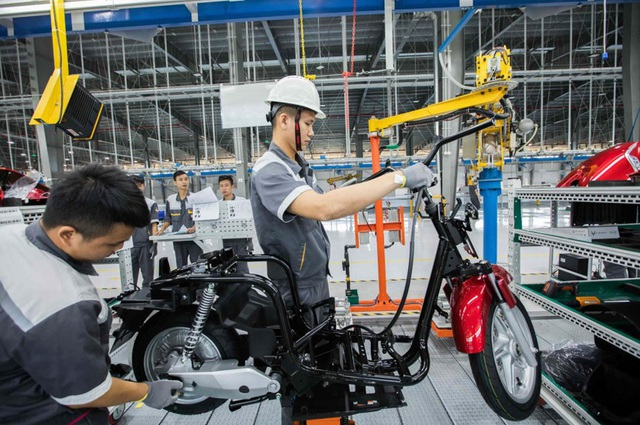 5 lý do người tiêu dùng thông minh sẽ chọn xe máy điện VinFast - Ảnh 4.