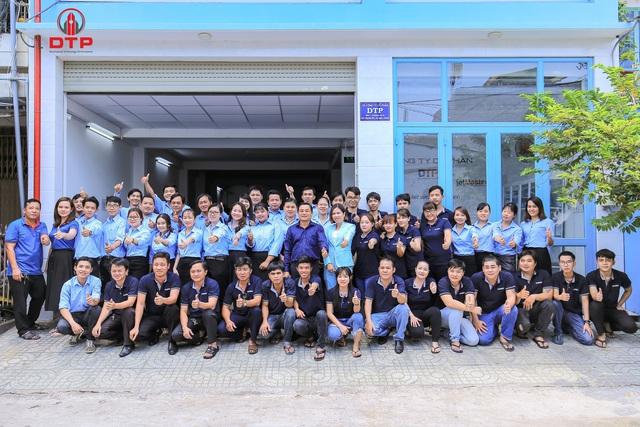 Công ty Cổ phần DTP trao tặng 1.000 hộp mực in cho các trường học tại TP.HCM - Ảnh 3.