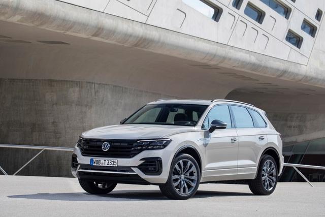 """""""Flagship"""" của Volkswagen: Touareg và xu hướng SUV - Ảnh 4."""