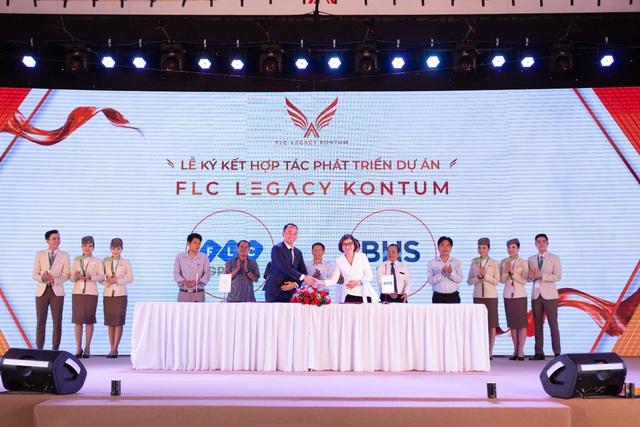 Sự kiện ra mắt FLC Legacy Kontum: Hút hàng ngàn khách hàng từ mọi miền đất nước - Ảnh 1.