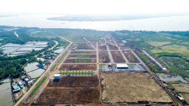 Đất nền vẫn giữ ngôi đầu bảng, khu Nam sôi động giao dịch - Ảnh 1.