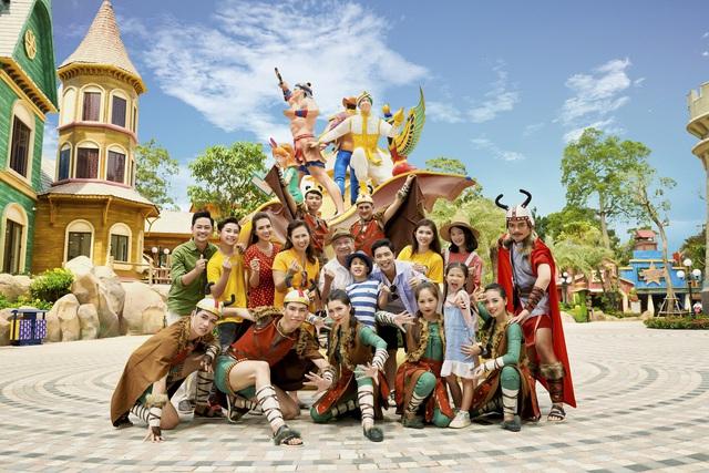 Giải mã sức hấp dẫn của công viên chủ đề lớn nhất Việt Nam - Ảnh 3.