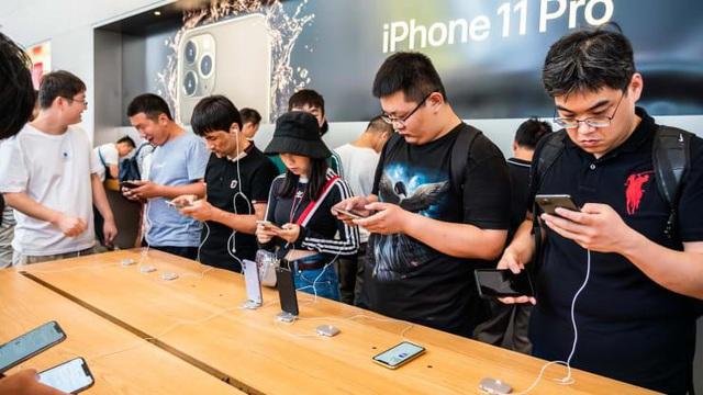 Petrosetco (PET) chính thức trở thành nhà phân phối uỷ quyền sản phẩm Apple tại thị trường Việt Nam - Ảnh 3.