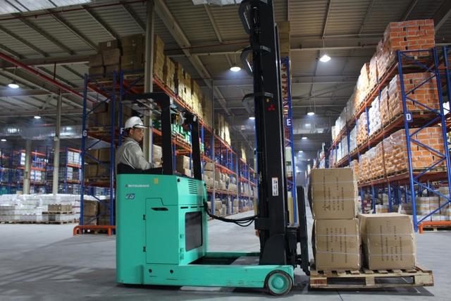 Cảng cạn Long Biên đi vào hoạt động tạo điều kiện cho doanh nghiệp xuất nhập khẩu - Ảnh 2.