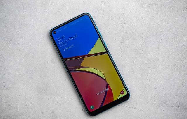 Trên tay Samsung Galaxy M11: giá tốt nhất dòng M có màn hình Infinity-O, pin 5.000 mAh, sạc nhanh - Ảnh 2.
