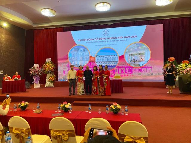 ĐHĐCĐ Khách Sạn Đông Á (DAH): năm 2020 tận dụng cơ hội từ thách thức - Ảnh 1.