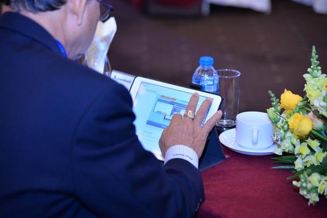 Softline hỗ trợ triển khai thành công Đại hội đồng cổ đông trực tuyến tiên phong trong ngành ngân hàng cho Sacombank - Ảnh 1.