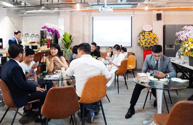 Nữ doanh nhân Singapore tạo đòn bẩy, tiết kiệm tiền tỷ cho các doanh nghiệp - Ảnh 3.