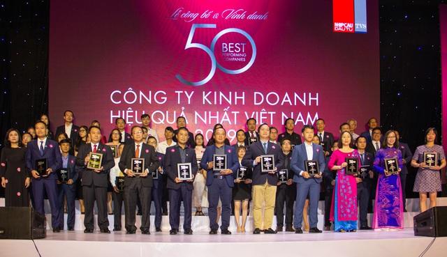 """Phát Đạt đứng thứ 06 trong Bảng xếp hạng """"50 Công ty Kinh doanh Hiệu quả nhất Việt Nam 2019"""" - Ảnh 1."""
