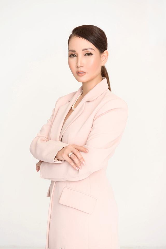 """Hoa hậu Sương Đặng: Quyết tâm chinh phục """"mảnh đất dữ"""" - Ảnh 1."""